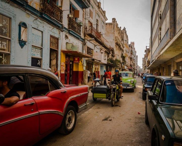 Habana Vieja: streetscenes