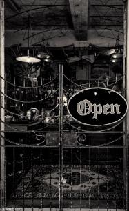 Open, Kalk Bay