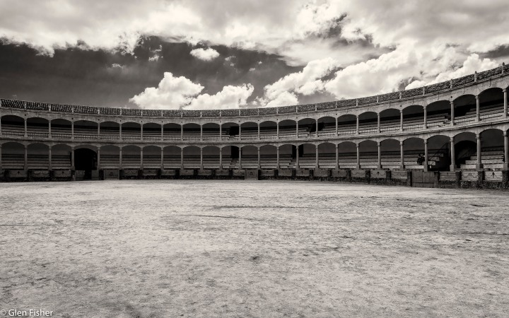 Plaza de Toros, Ronda (compare and contrast)