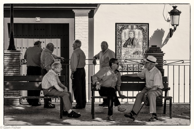 A group of men, Olvera